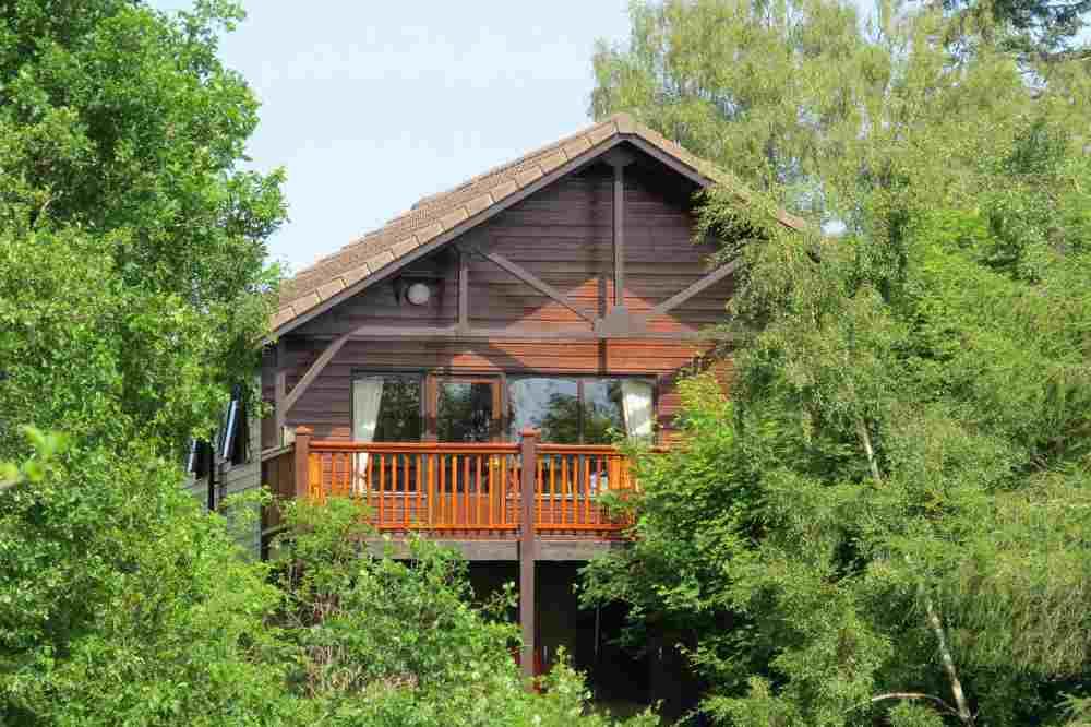 Treetops Self Catering Lodge, Hiddenglen Holidays, Nairn, UK.